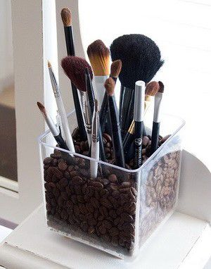 Another good idea so you donu0027t lose your brushes.  sc 1 st  Pinterest & Another good idea so you donu0027t lose your brushes. | Feeling crafty ...