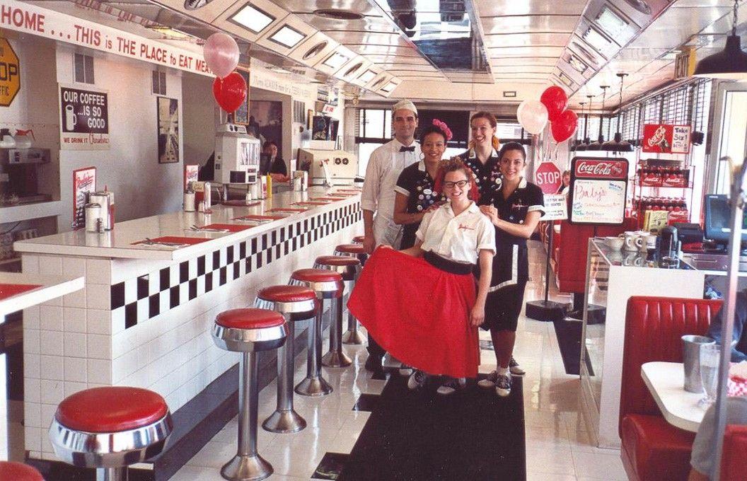 50 S Milkshake Bar Google Search Burgers And Shakes Miniature Diner American Diner
