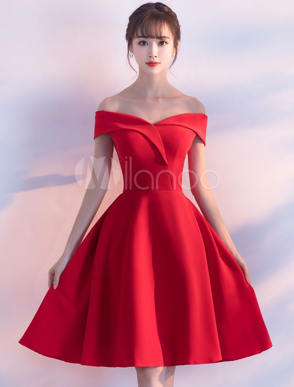 Cocktailkleider Satin aus der Schulter kurz Homecoming Kleid eine ...