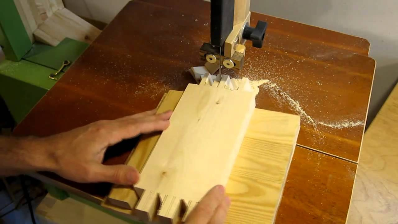 Dovetail Joints On The Bandsaw Dove Tail Joints Bandsaw Wood Joints