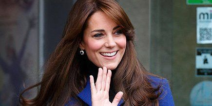 Princess Kate is royal in blue after leaving the Dundee Rep Theatre in Scotland http://peoplem.ag/ZeXo1Uz