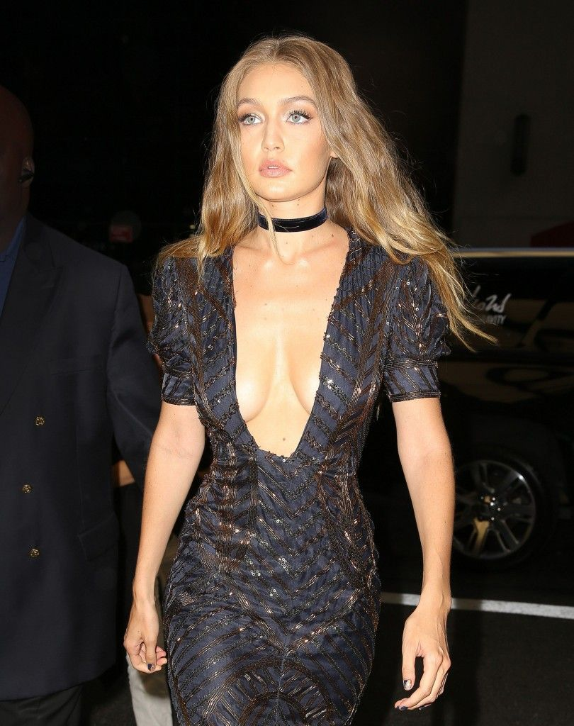 Cleavage Gig Hadid nudes (21 photos), Sexy, Paparazzi, Twitter, swimsuit 2019
