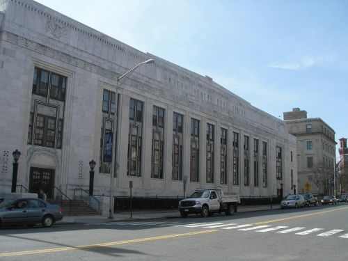 On Grand Street In Waterbury Is A White Marble Art Deco Post Office Built In 1931 1932 The Building Was D Art Deco Buildings Waterbury Waterbury Connecticut