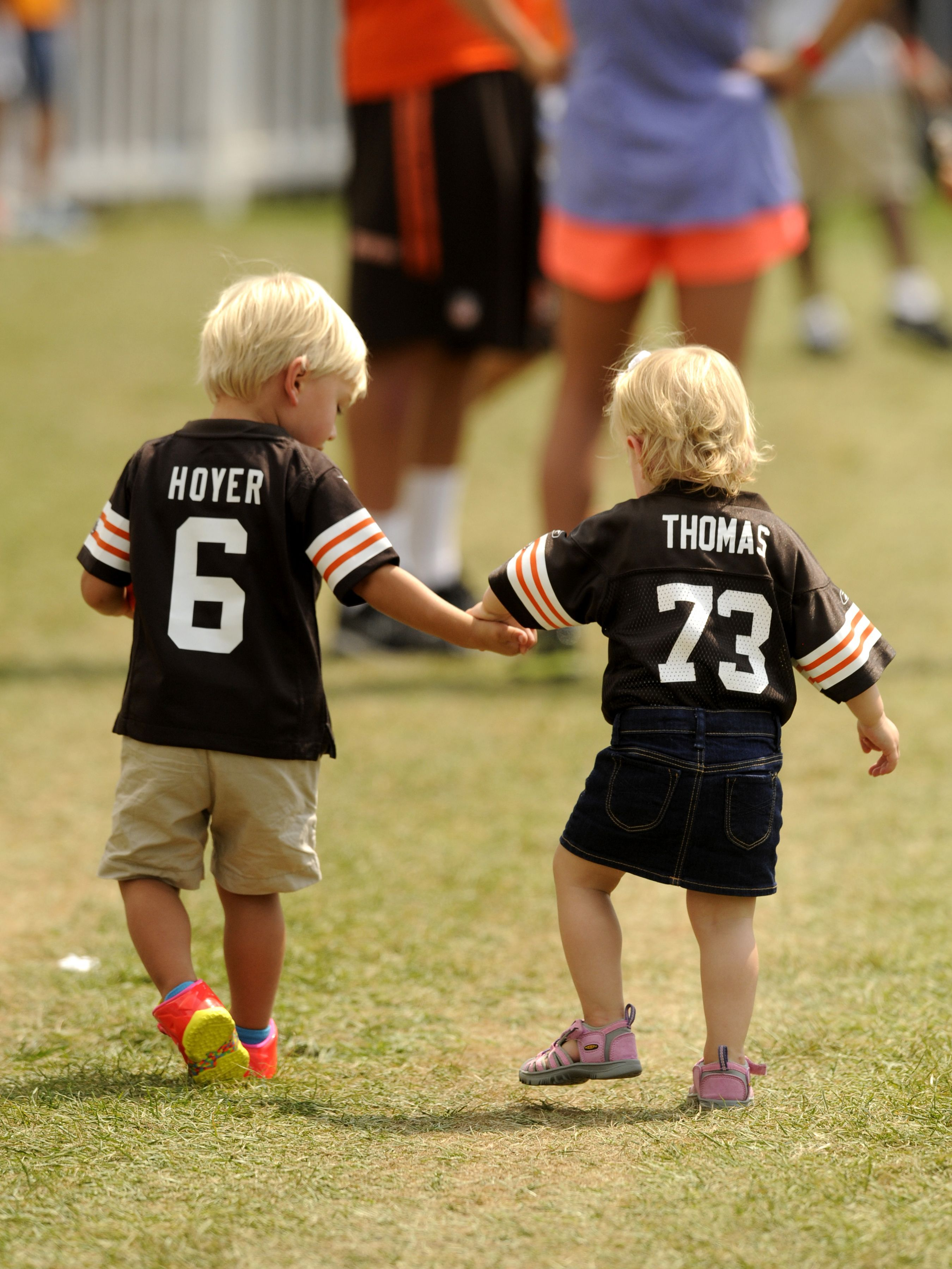 Nfl Dads Players And Their Cute Kids Cute Kids Cute Kids Photos Players