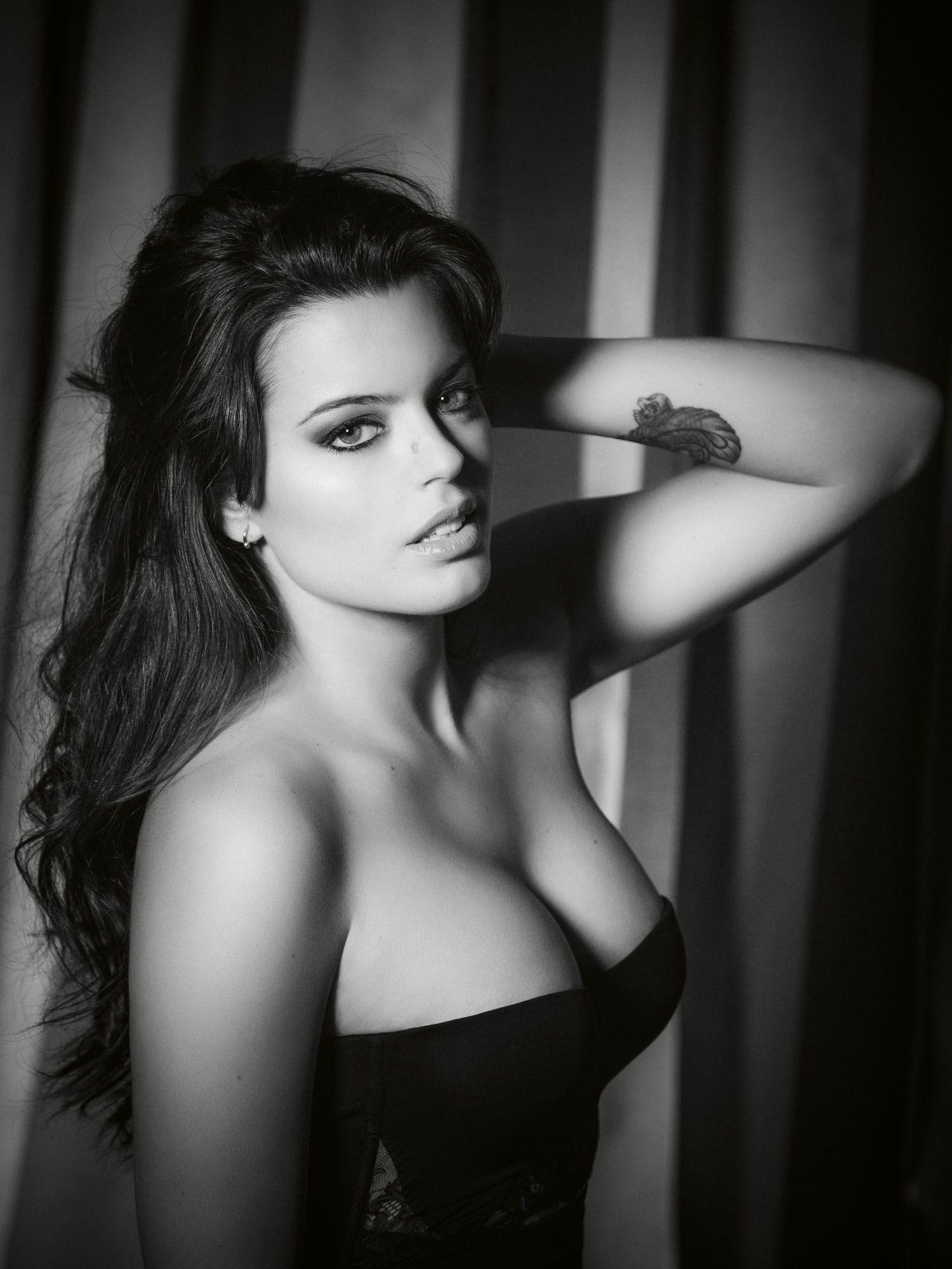 Adriana Torrebejano Nude Photos 27