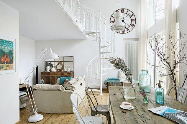 Une Déco De Style Bord De Mer Dans La Cuisine Détente ESCALIERS - Meuble escalier bois exotique pour idees de deco de cuisine