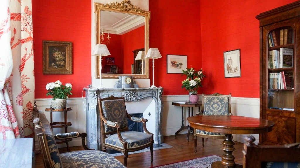 Corne Or Arras Salon Hotes Red Rooms Interior Room