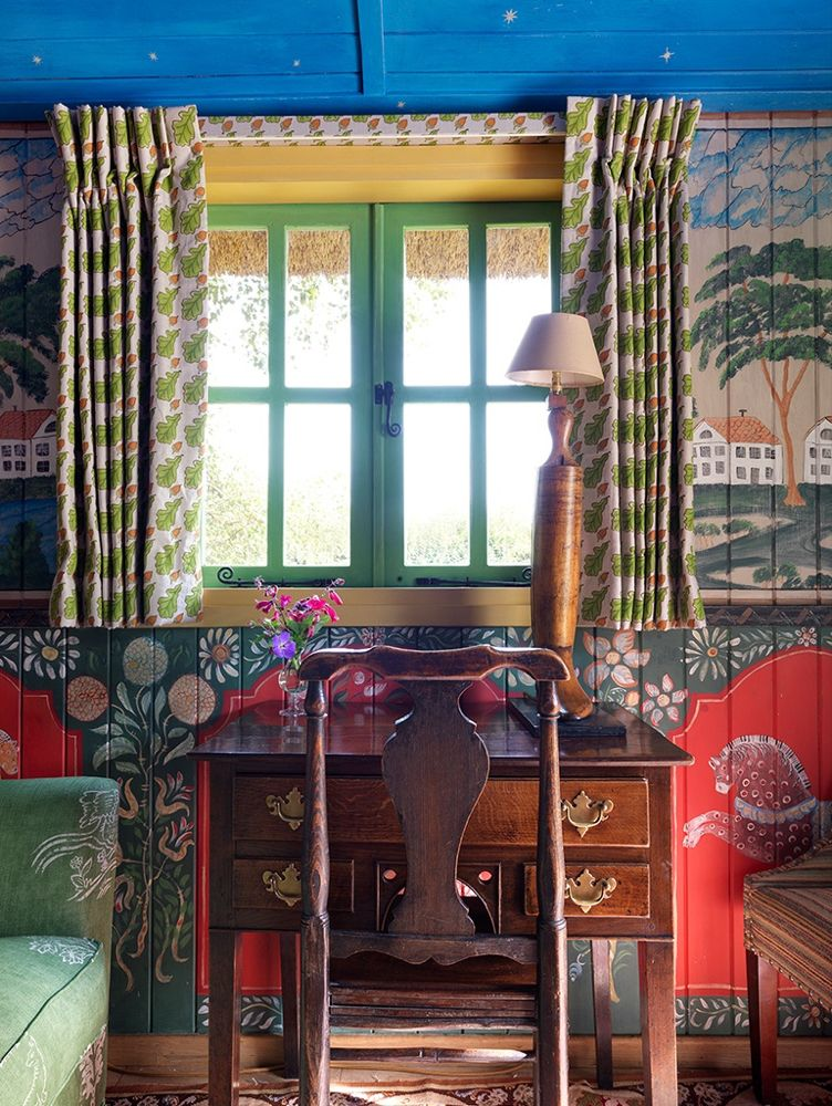 Kit Kemp Unveils Her Charming Shepherd S Hut Katie Considers In 2020 Shepherds Hut Design Hut