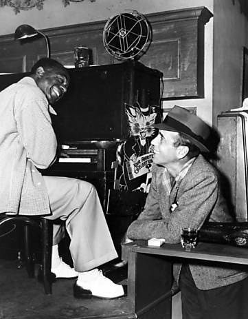Dads A Movie Critic | Dooley Wilson and Humphrey Bogart on the set ...