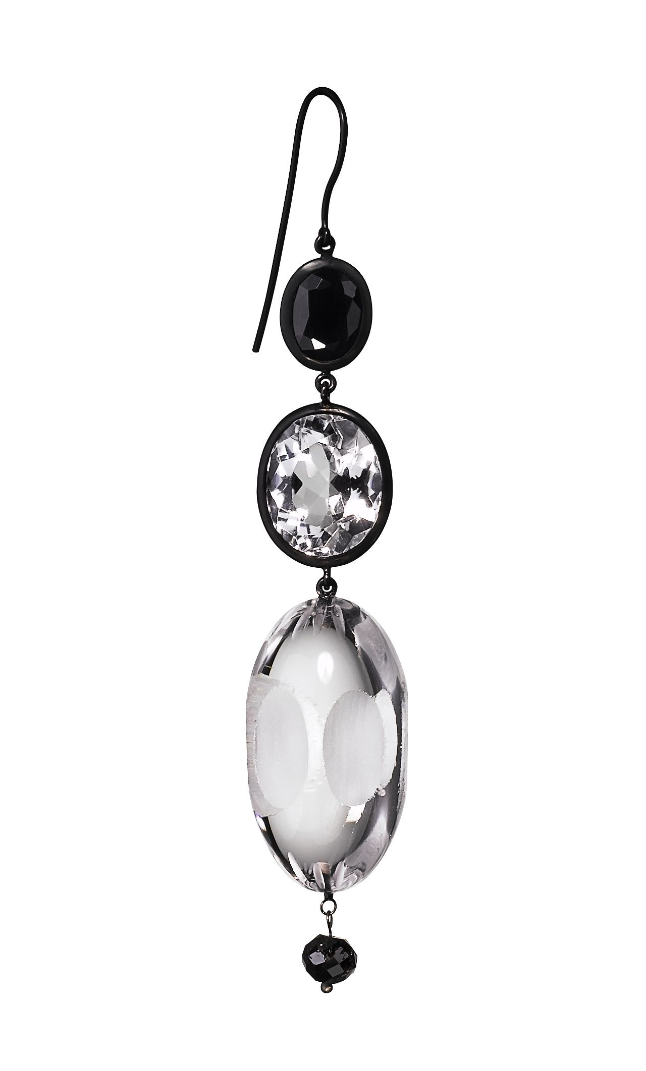 Hanging earrings in rock with black sapphires, white topazes and black diamonds. #MurielGrateau#Jewellery #Crystal