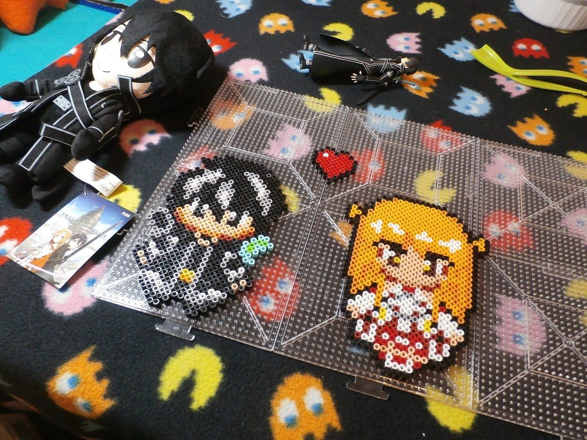 Sword Art Online: Kirito ♥ Asuna ~ Perler Bead (Stop Motion) | Hama ...