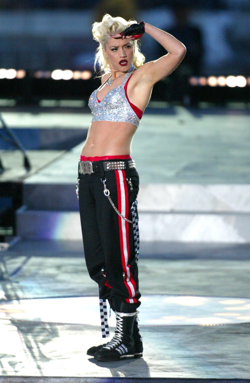Gwen Stefani, 2003 Super Bowl.