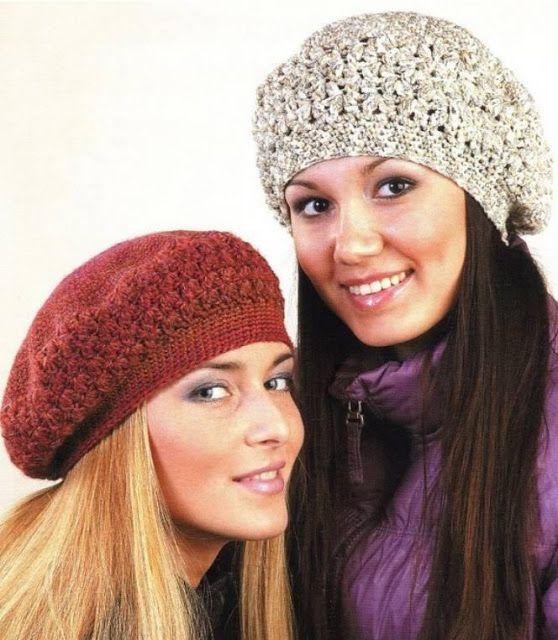 Patrón para tejer boinas a crochet en hilo de color rojo y beige. Ideal  para el otoño. Ver más patrones  5b589ede228