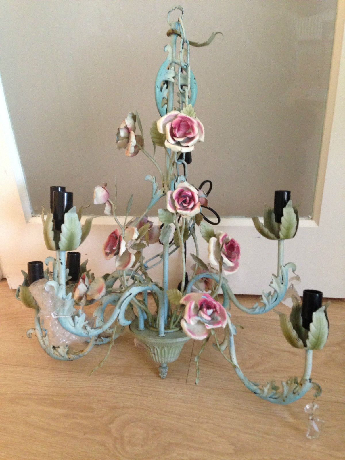 shabby chic ceiling lights uk roselawnlutheran. Black Bedroom Furniture Sets. Home Design Ideas