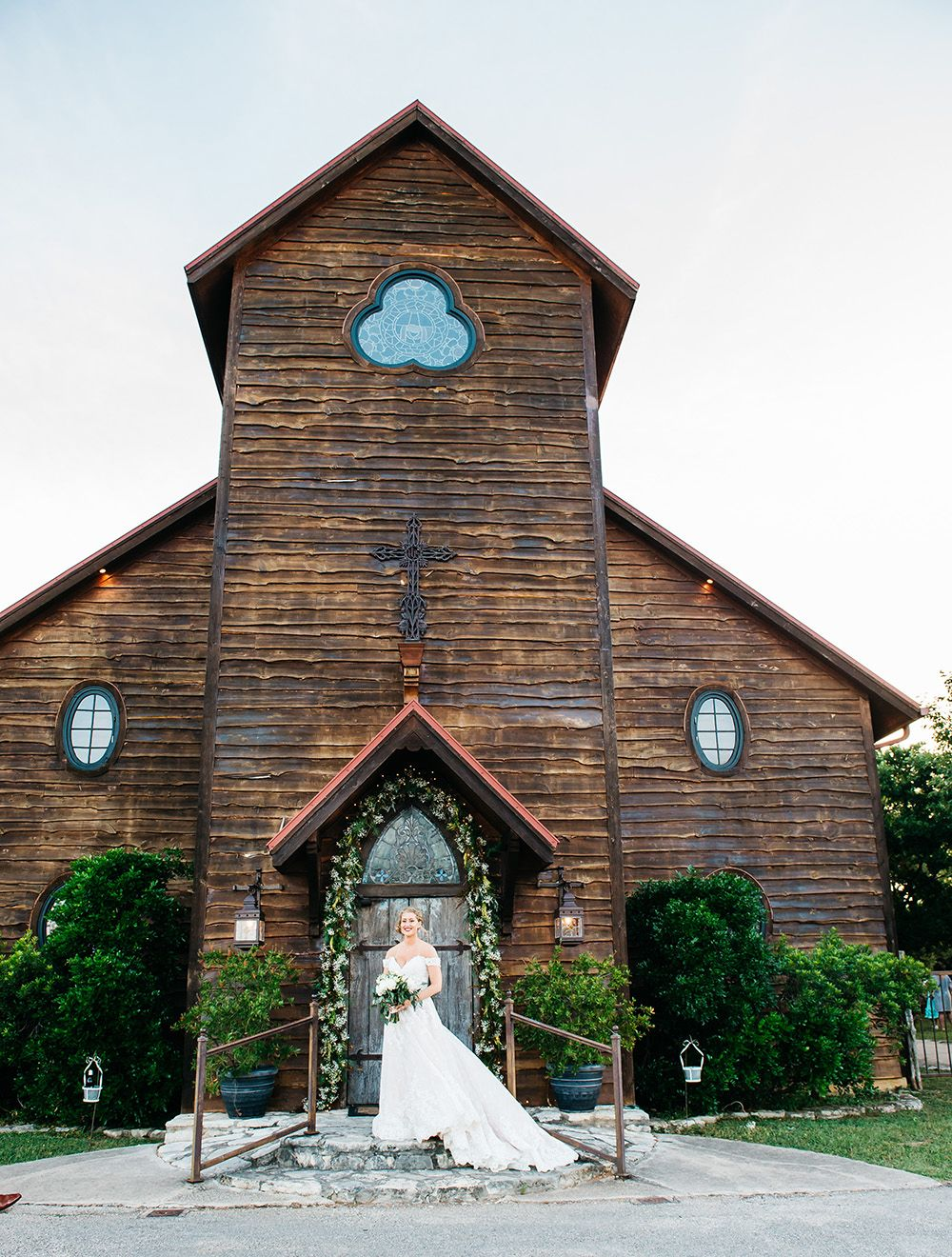Virginia Brandon Real Wedding Rustic Wedding Venues Wedding Venues Texas Real Weddings
