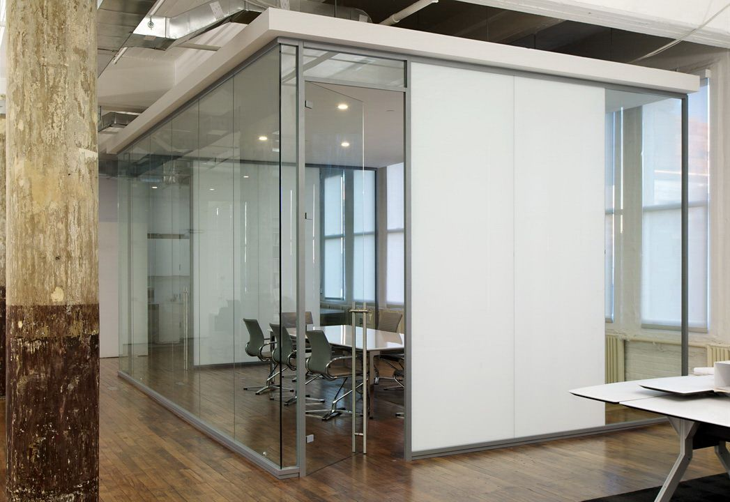 Acme 50 seamless glass walls in a board room application ...