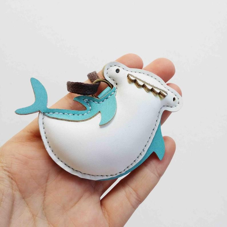 Baby Shark Stuffed Toy Leather Animal Keychain Gift for Family Shark Family Luggage Tag Personalized Charms Unique Custom Bag Charm