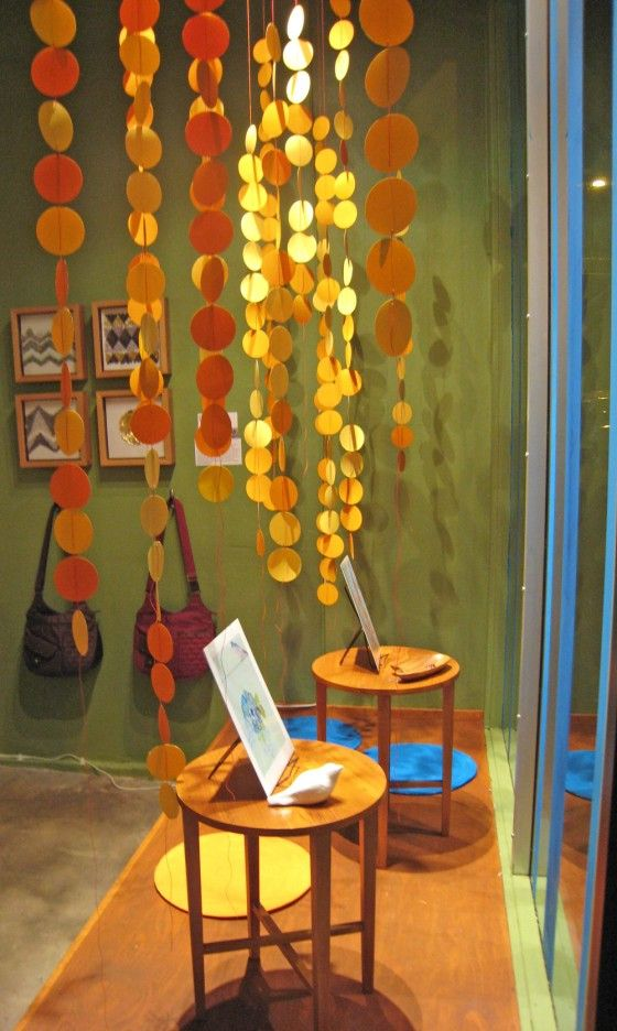 Cheap do it yourself window decorations to bring color to the front cheap do it yourself window decorations to bring color to the front white and gold solutioingenieria Gallery