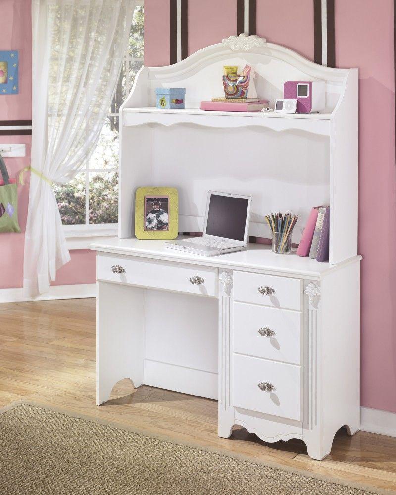 Great for the kids room!!! Bedroom desk, White desks