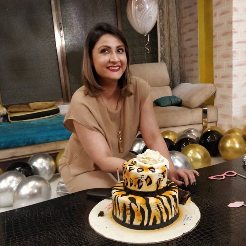EXCLUSIVE Urvashi Dholakia rings in her birthday with