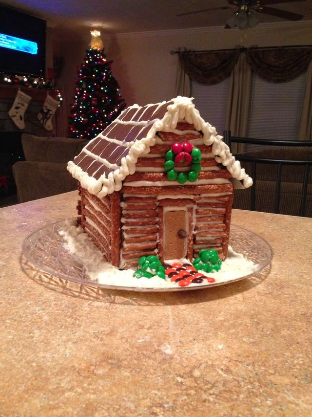 Pin By Cynthia Boehmer On Gingerbread Houses Cabin