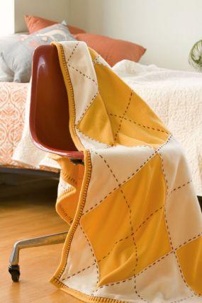 DIY - How to make an argyle fleece throw blanket