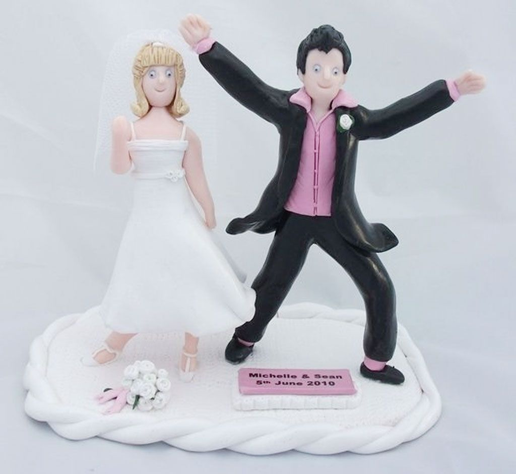 Hilarious Dancing Funny Wedding Cake Toppers | Wedding Photos ...
