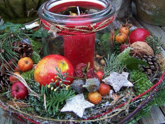 Apfel,Nuß und Mandelkern...zauberhaftes Licht im Glas...dieses Angebot ist ein Kompettangebot: toller Kranz ca 29 cm,hochwertiger Adventsteller plus Glas mit Kerze!!....auch ein wundervolles... #weihnachtsdekoimglas