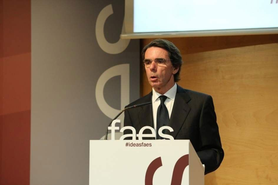 Aznar: La reforma constitucional que se propone es un pago a plazos al independentismo