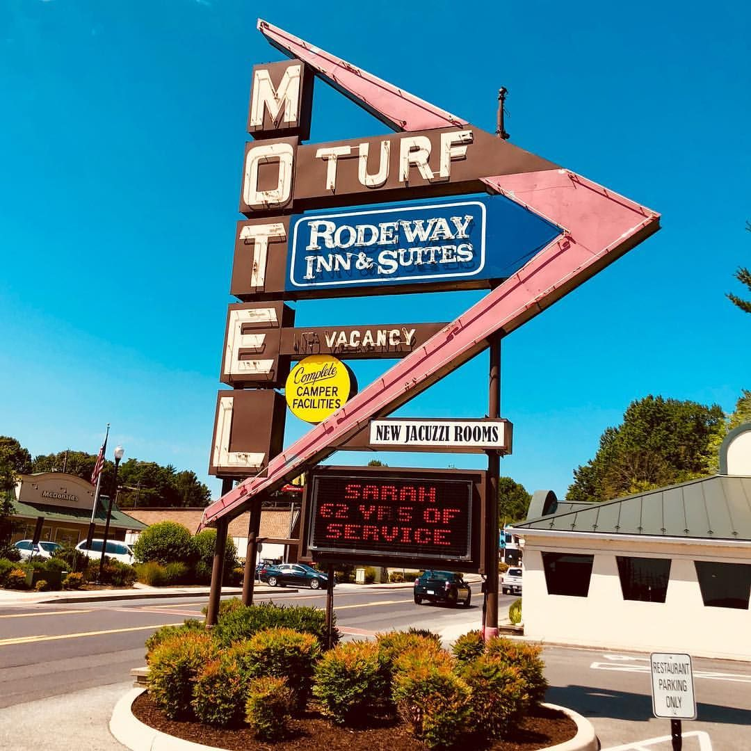 hotels near charles town wv