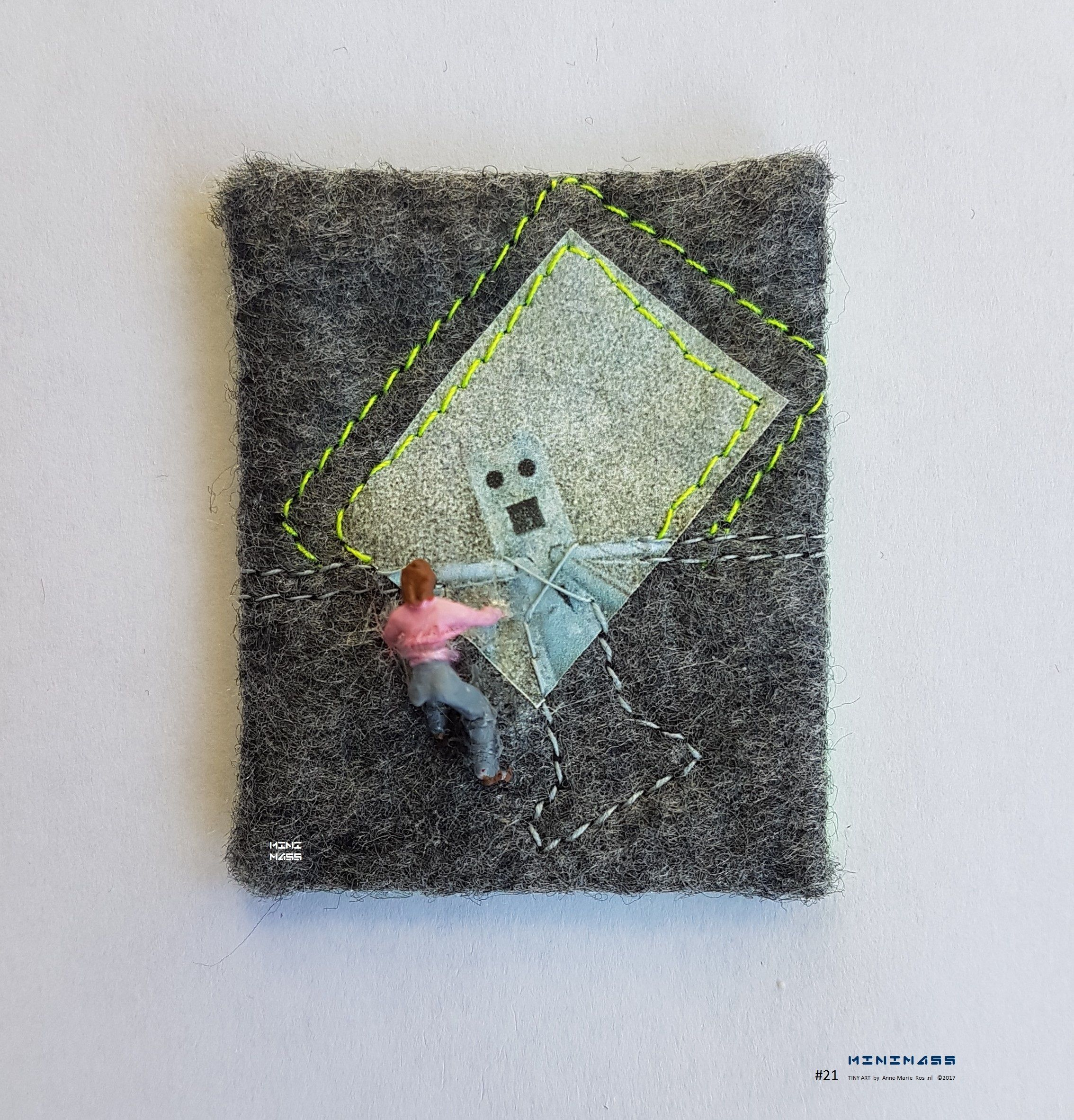 Climb into my arms. I See Faces Everywhere. minimass® TINY ART by Anne-Marie Ros .nl #21 is available - makes a great gift or just spoil yourself ;)