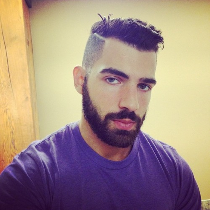 Shaved Part With Curly Hair Combover Men S Short Hair Mens Hairstyles Beard Look