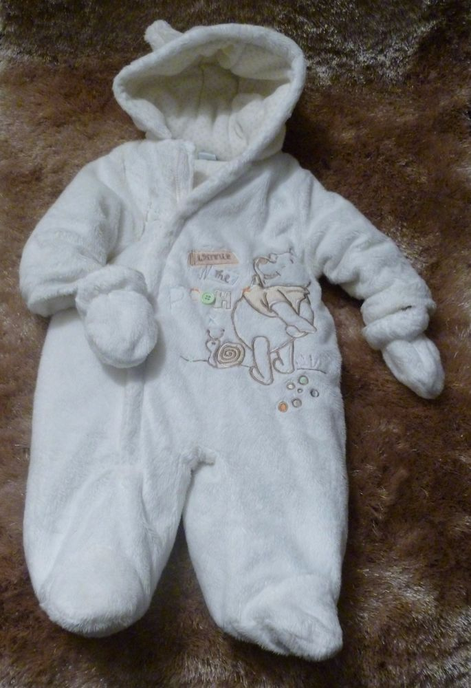 01758f162 DISNEY WINNIE THE POOH SNOW SUIT NEW BORN 0-3 MONTHS WITH MITTENS ...