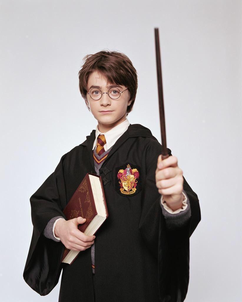 Kids halloween dress up disfraz Harry Potter Cosplay Costumes Adult  Gryffindor Robe cloak Hogwarts Magic Academy party robe tie 11764ee58efe