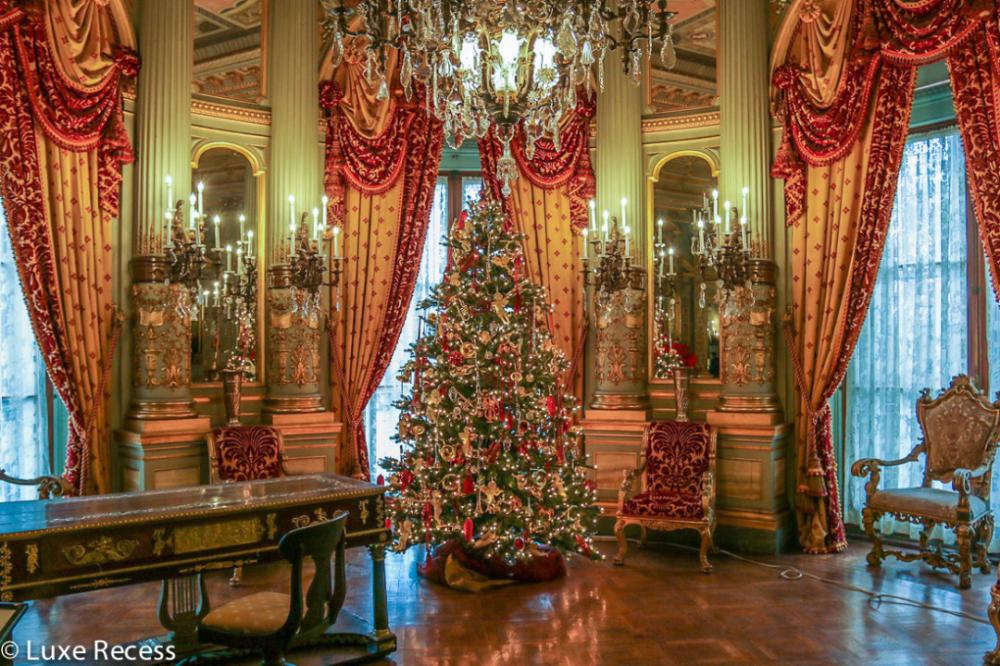 Christmas in Newport, Rhode Island | Island holidays, Monhegan island, Rhode island