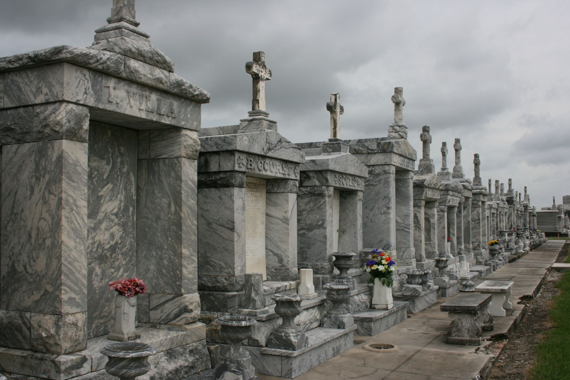 Stunning New Orleans cemeteries you can't miss | New orleans ... on knoxville cemetery map, vicksburg cemetery map, liverpool cemetery map, bushnell cemetery map, uvalde cemetery map, metairie cemetery map, california cemetery map, natchez cemetery map, lowell cemetery map, edmonton cemetery map, dublin cemetery map, chicago cemetery map, elmwood cemetery map, lafayette cemetery map, riverside cemetery map, paris cemetery map, glendale cemetery map, lubbock cemetery map, new orleans cemeteries, oregon cemetery map,