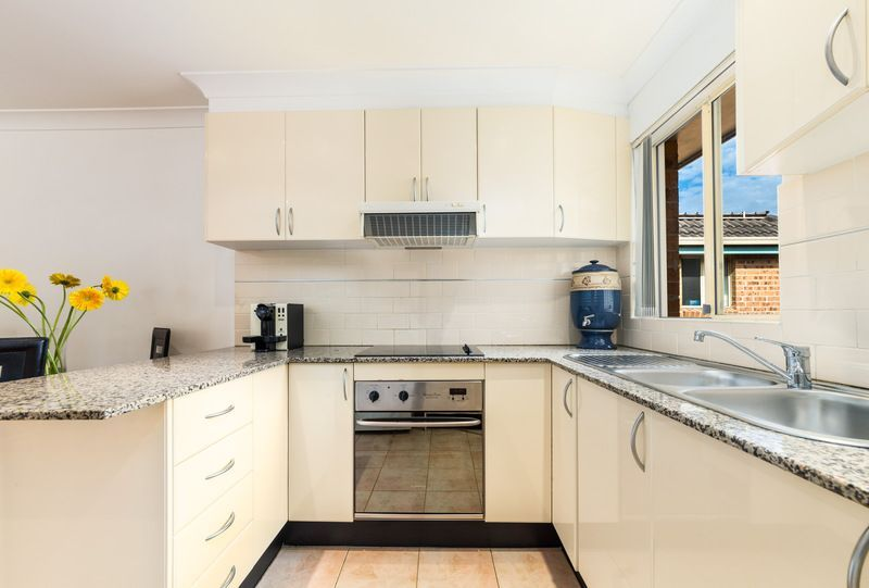 Real Estate For Sale 19 108 110 Botany Street Kingsford Nsw Kitchen Space Home Decor Kitchen