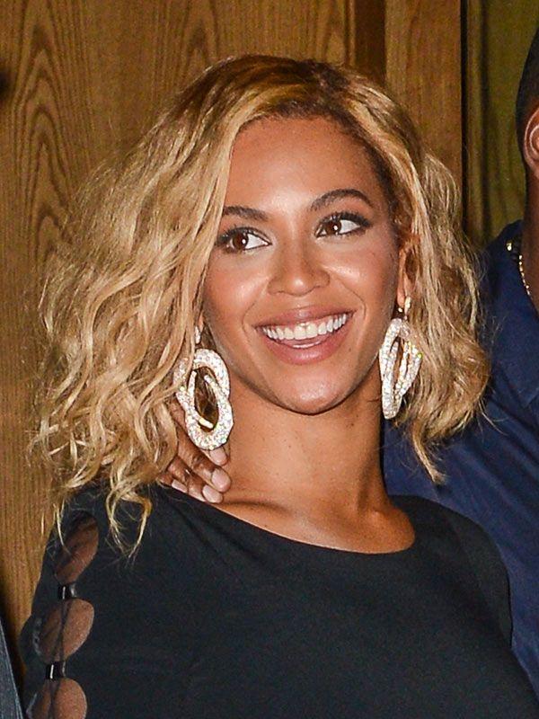 Beyonce S Tousled Wavy Bob Hair Styles 2014 Beyonce Short