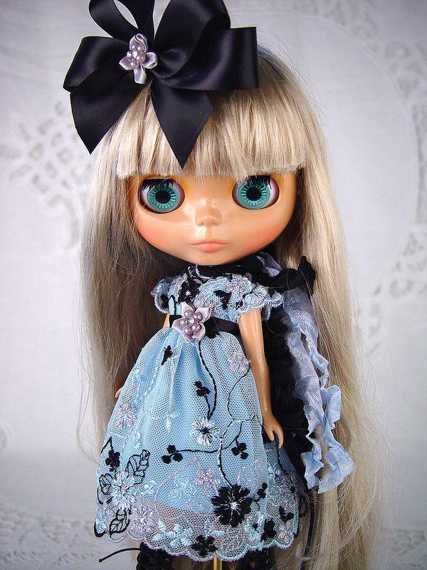 Blythe blue lace3
