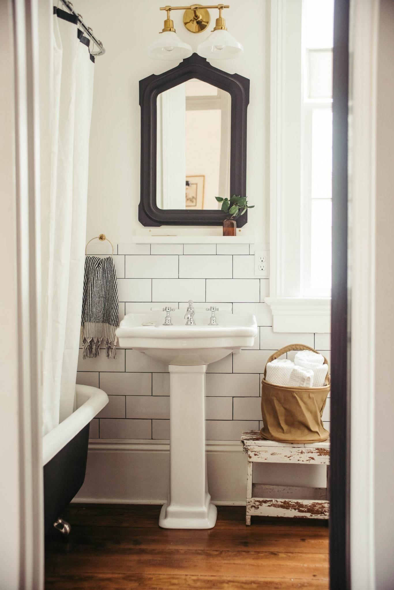 Shotgun House Bathroom In New Orleans Cottage Bath Renovations Sinks