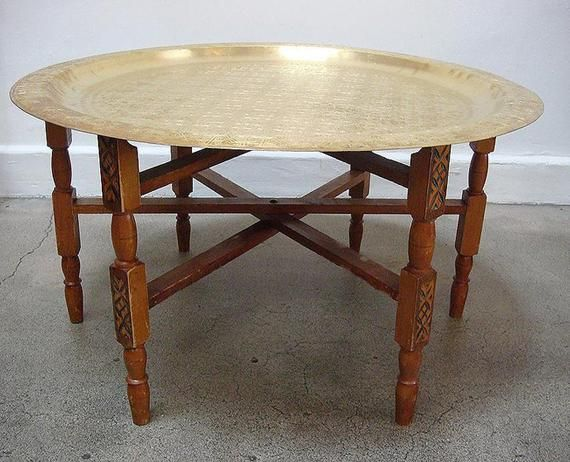 Table En Laiton Marocain Table De The En Laiton Arabeque Etsy Brass Tray Table Brass Tray Brass Table