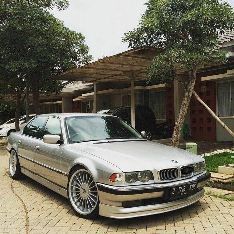 """BMW E38 Silver With Alpina 20"""""""