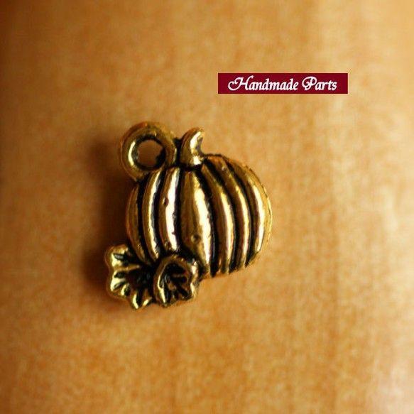 【サイズ】 約 1cm x 0.8cm  【カラー】ゴールド【発送方法】メール便  |ハンドメイド、手作り、手仕事品の通販・販売・購入ならCreema。