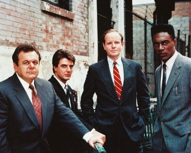 Paul Sorvino As Det Sgt Philip Phil Cerreta Chris Noth As Detective Mike Logan Michael Moriarty As Executive A Chris Noth Law And Order Svu Law And Order