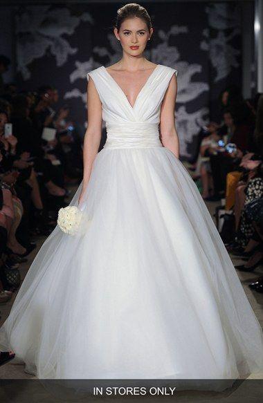 d9d328594 Carolina Herrera 'Chloe' V-Neck Georgette & Tulle Ballgown (In Stores Only)
