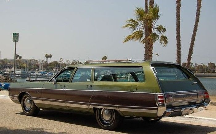 Hemmings Find Of The Day 1972 Chrysler Town And Co Station