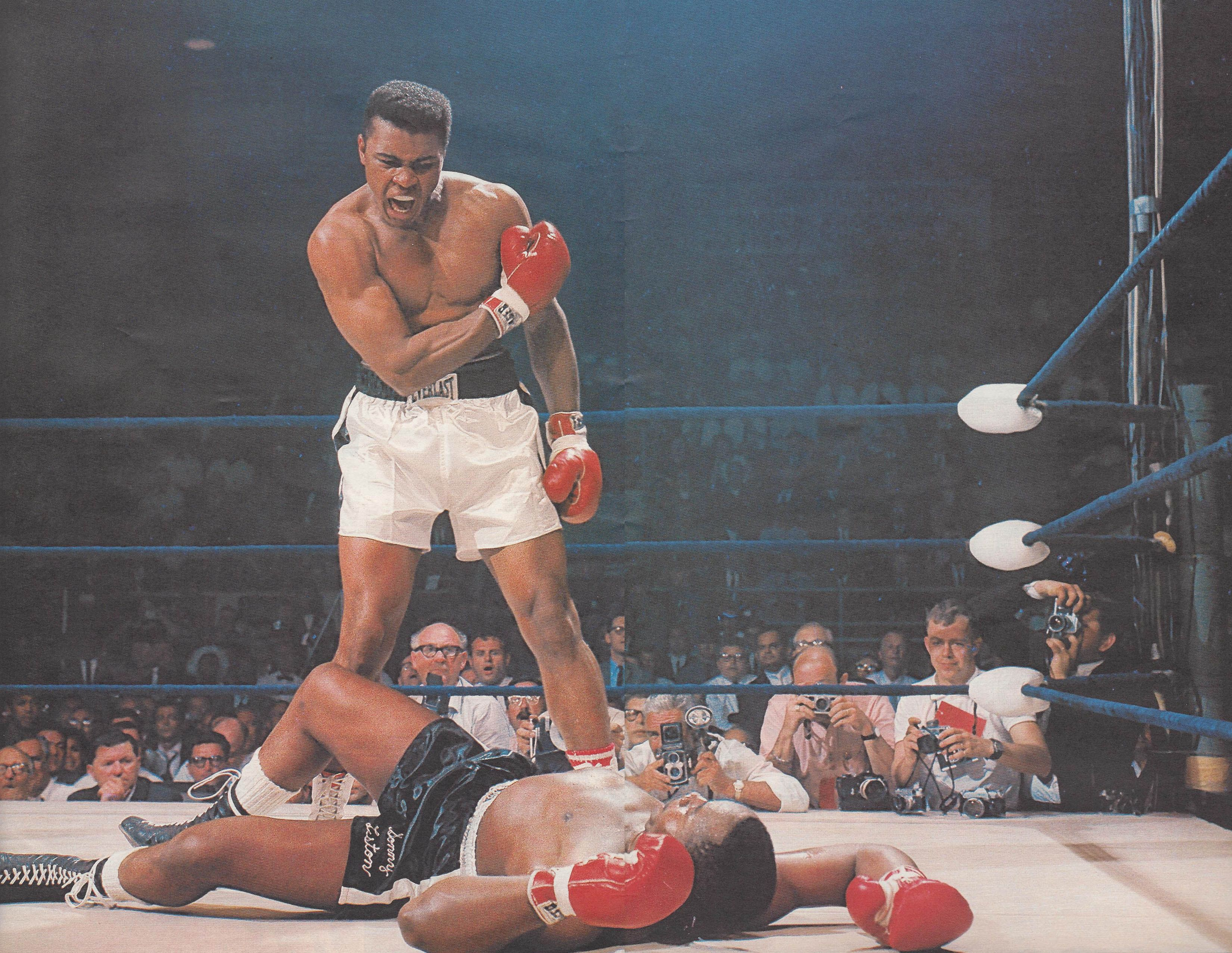 The Greatest Mens Muhammad Ali Boxing T-Shirt MMA Boxer Sonny Liston Photograph