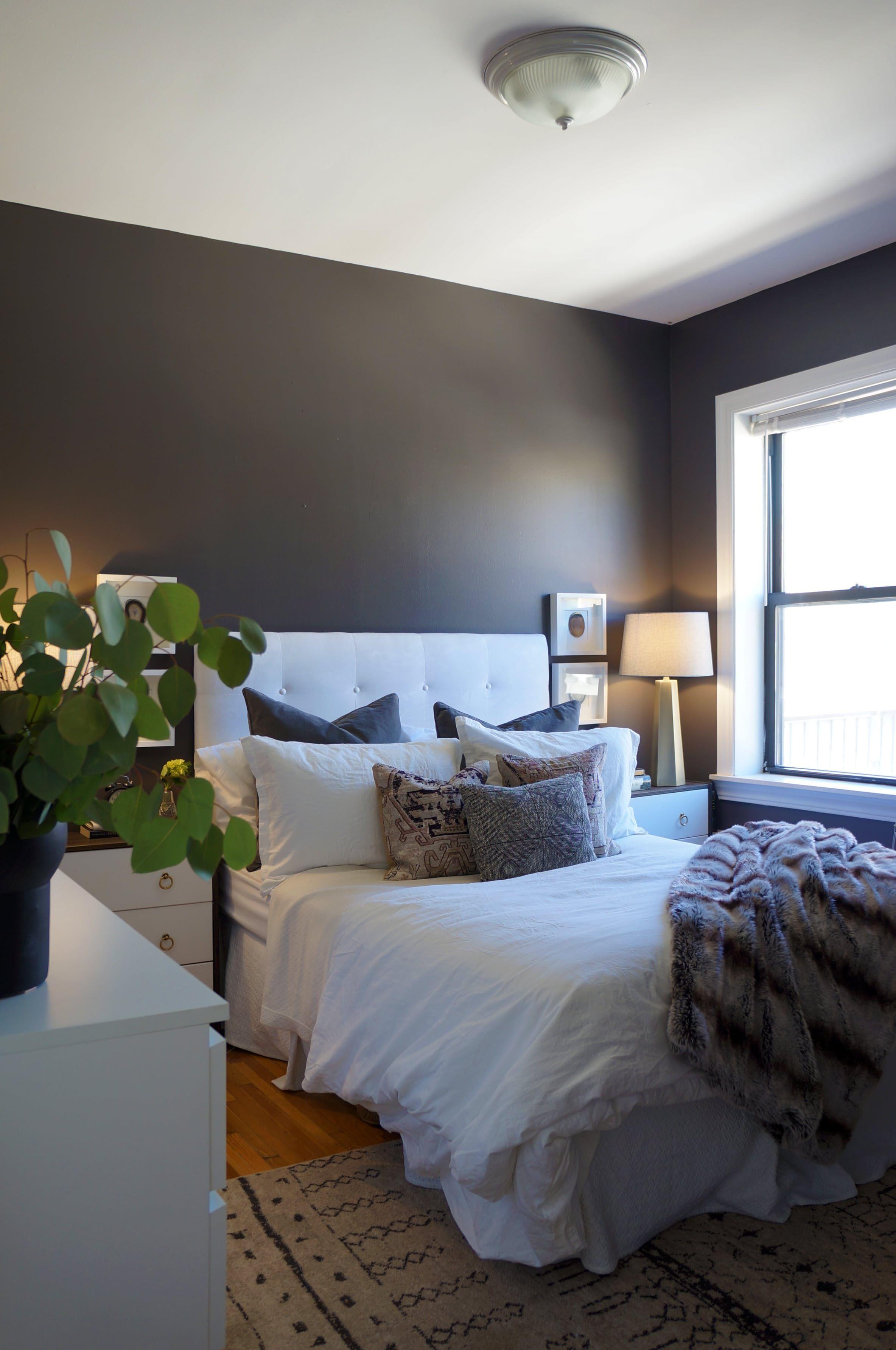 A luxurious modern not stuffy chicago apartment