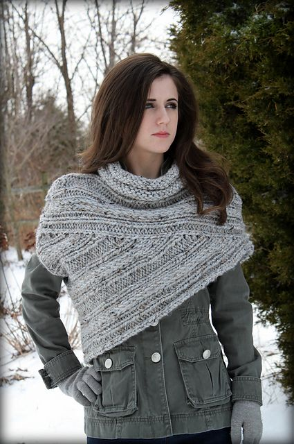Ravelry: mollymax's Katniss Cowl   Diy pullover stricken ...
