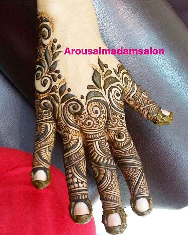 Pin Oleh Sanjida Rahman Di Mehndi Designs Desain Henna Mehndi Designs Henna